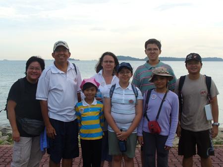 Dr. Yaacob Ibrahim's visit to Semakau « Raffles Museum News